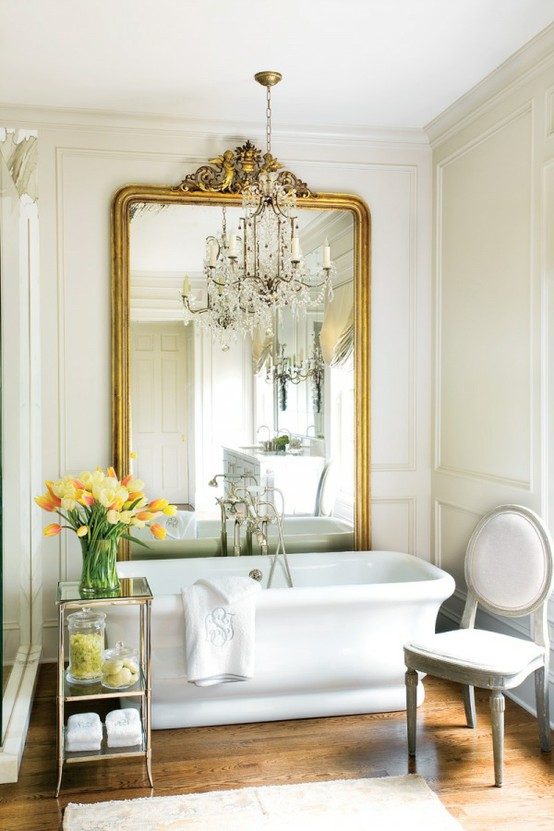 giant-gold-mirror-behind-the-bathtub-color-of-the-month-october-2012-golden-autumn-gold-home-decor-ideas-and-inspiration